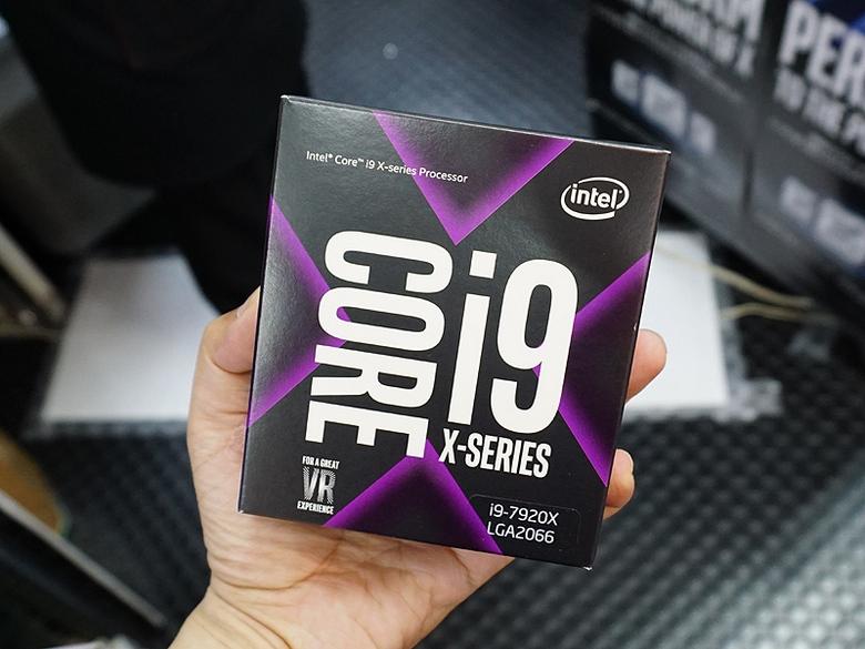 CPU Intel Core i9-7920X уже можно купить