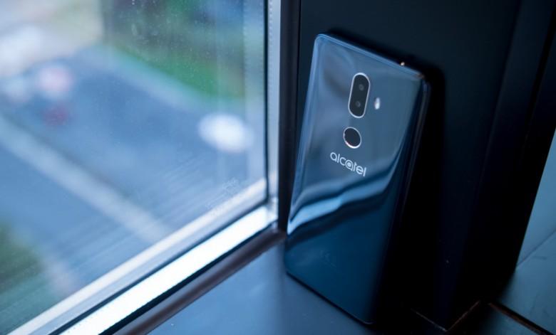 Смартфон Alcatel 3V будет стоить 180 евро