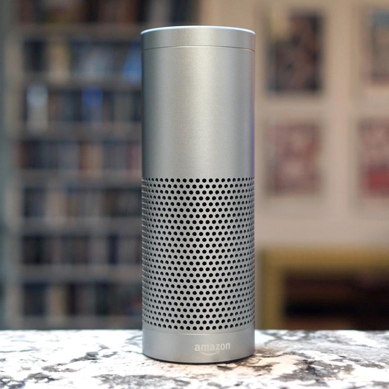 Голосовой помощник Alexa может засмеяться без видимой причины