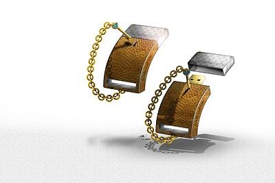 П о замыслу дизайнера флешки LV USB будут покрыты белым и желтым золотом...