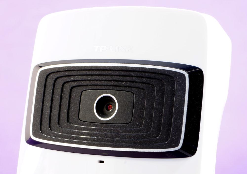 камеры наблюдения с встроенным направленным микрофоном: