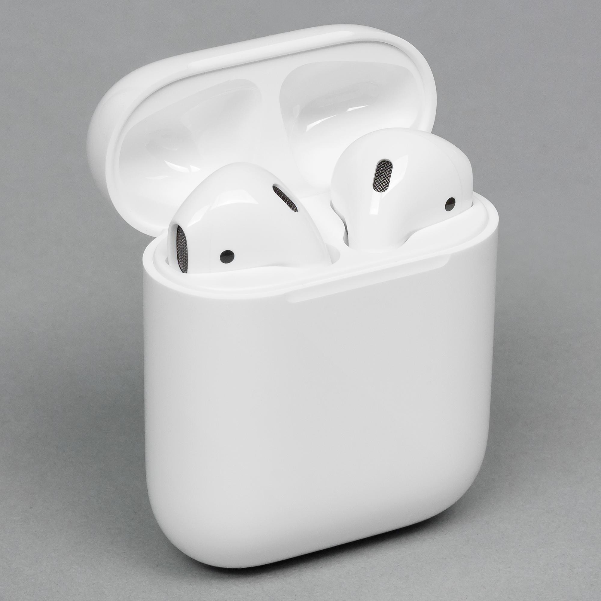 Беспроводные наушники Apple AirPods  db1130d38a553