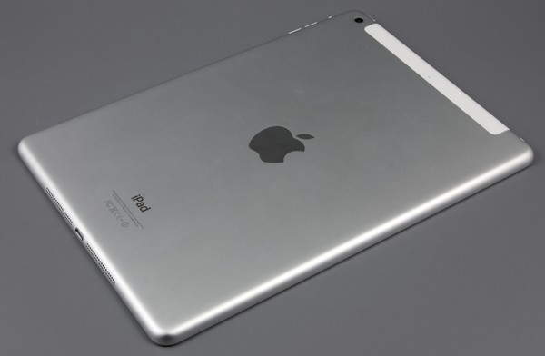 Задняя сторона iPad Air