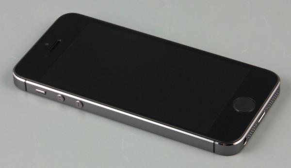 Фронтальная сторона iPhone 5s