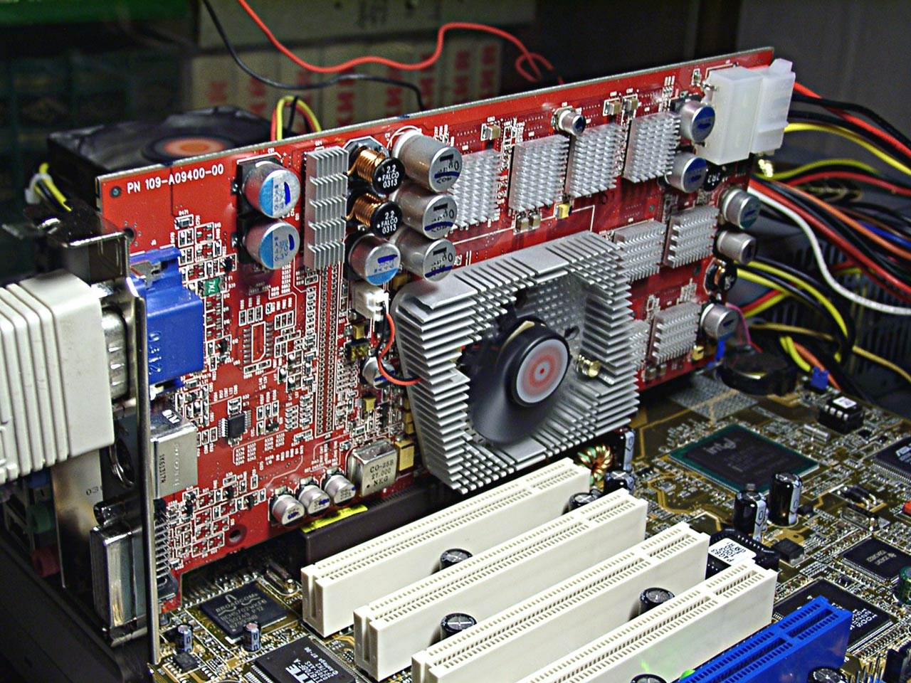 November 2003 3Digest ATI RADEON 9800 PRO 256MB DDR 2 380 700 MHz
